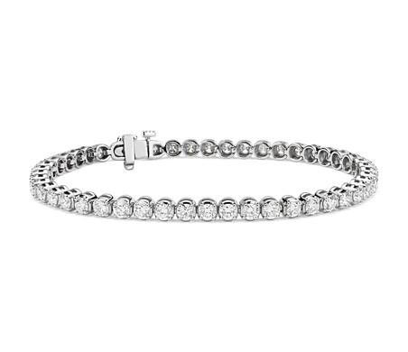 Brazalete de tenis de diamantes en oro blanco de 14 k (5 qt. total)