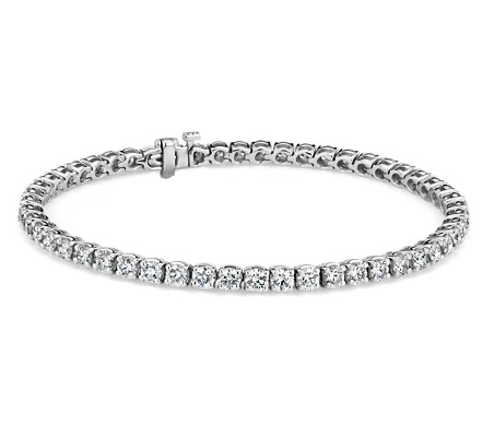 Bracelet tennis diamants en or blanc 18 carats- F/VS (5,96 carats, poids total)