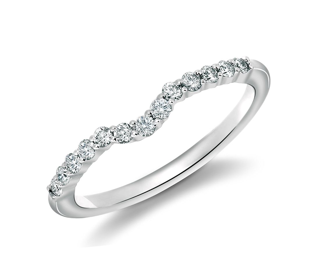 Classic Curved Diamond Wedding Ring In 18k White Gold 1 4 Ct Tw
