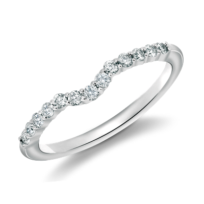 Classic Curved Diamond Wedding Ring in 18k White Gold 14 ct tw