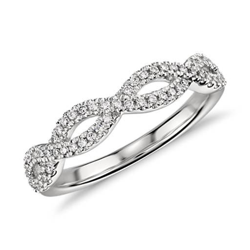 Infinity Twist Micropavé Diamond Wedding Ring in Platinum (1/5 ct. tw.)