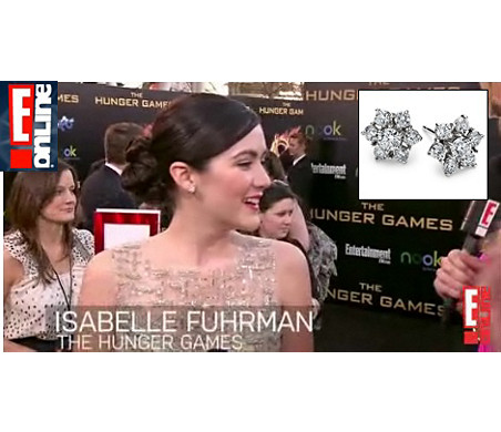 E!News - Isabelle Fuhrman wearing 花卉钻石耳环 at The Hunger Games Premiere