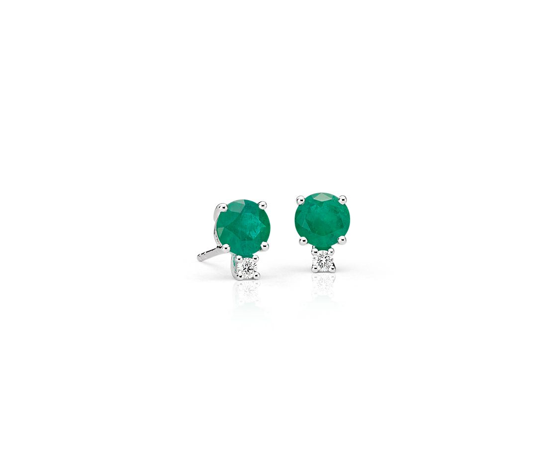 Emerald And Diamond Stud Earrings In 18k White Gold 5mm