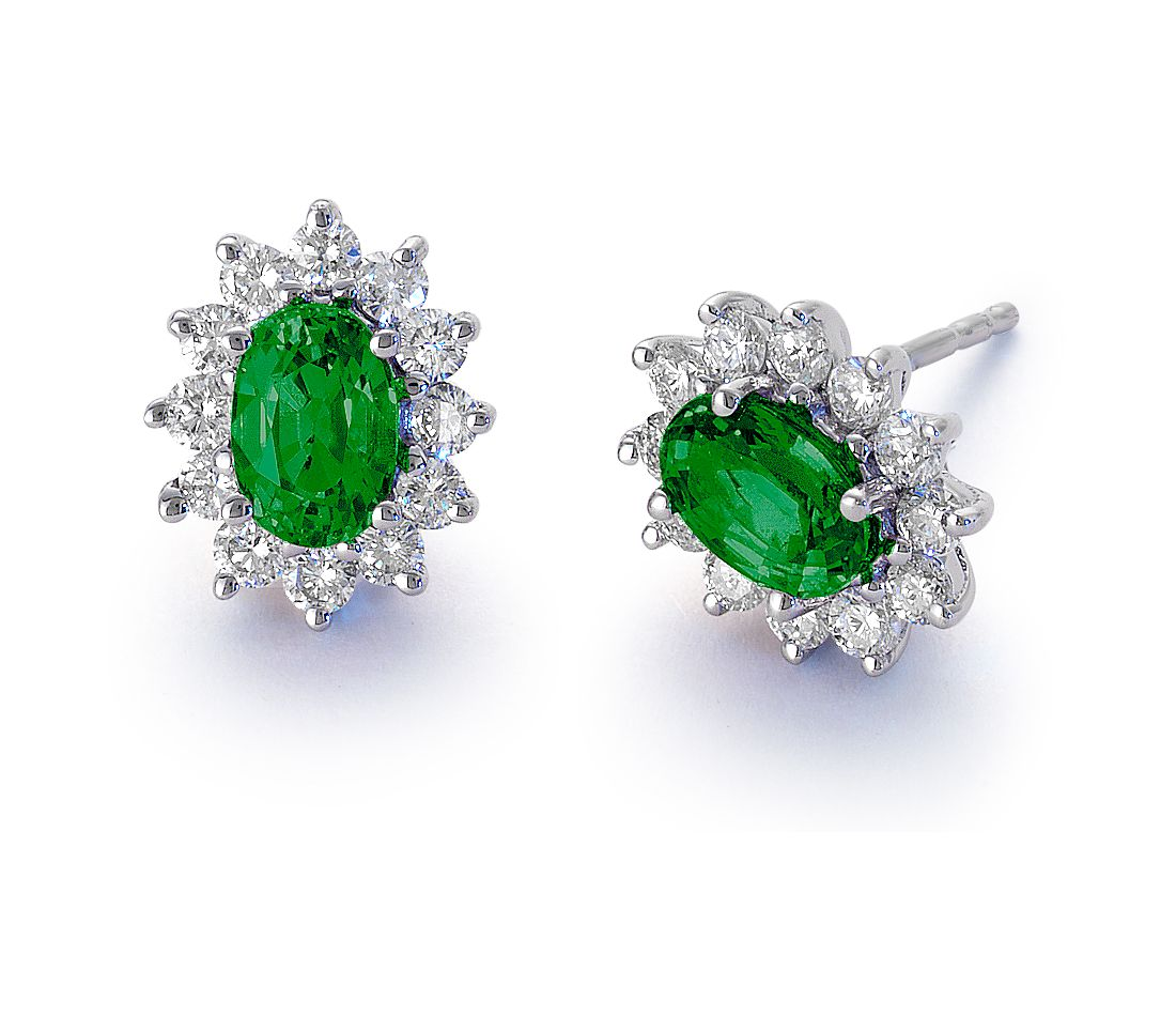 emerald and earrings in 18k white gold 6x4mm