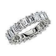 鉑金綠寶石切割鑽石永恆戒指( 5.5 克拉總重量)