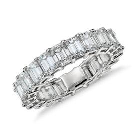 Bague d'éternité diamant taille émeraude en platine (5carats, poids total)
