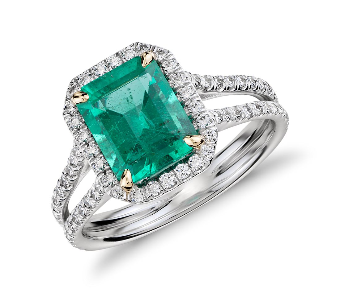 Emerald and Diamond Halo Split Shank Ring in 18k White Gold )