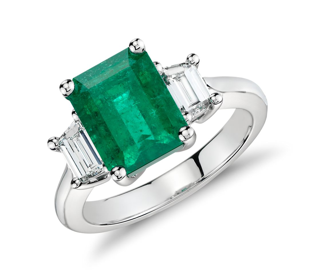 Emerald And Diamond Three-Stone Ring In Platinum (3.13 Cts