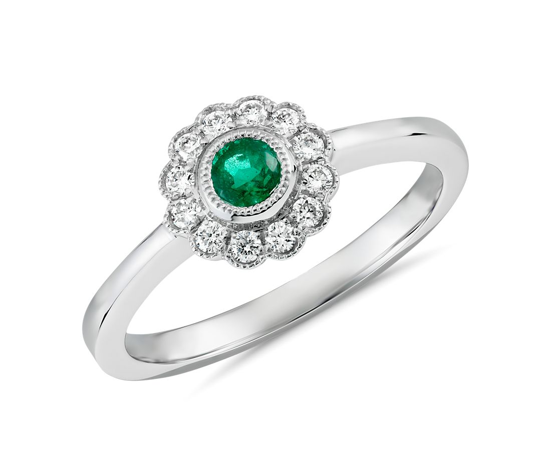 Emerald and Diamond Vintage-Inspired Fiore Ring in 14k White Gold (3.5mm)