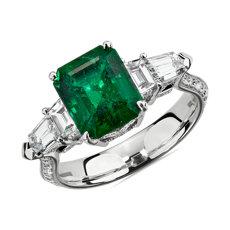 18k 白金镶钻石辅石祖母绿戒指