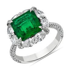 18k 白金綠寶石戒指搭梨形切工鑽石光環