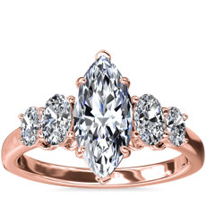 NUEVO. Anillo de compromiso de diamantes ovalados graduados, en oro rosado de 18k (1/2 qt. total)