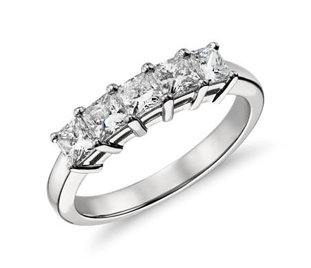 鉑金 經典公主方形切割五石鑽石戒指<br>( 1 克拉總重量)