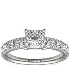 铂金密钉钻石订婚戒指<br>(1 克拉总重量)
