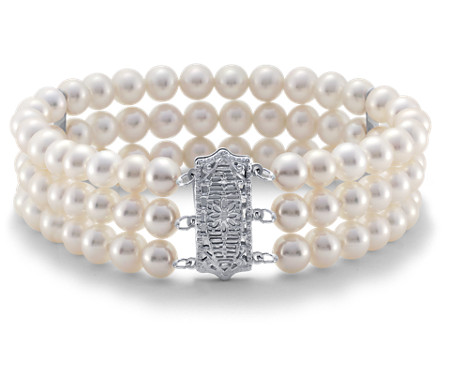 Triple-Strand Freshwater Cultured Pearl Bracelet in 14k White Gold (6-6.5mm)