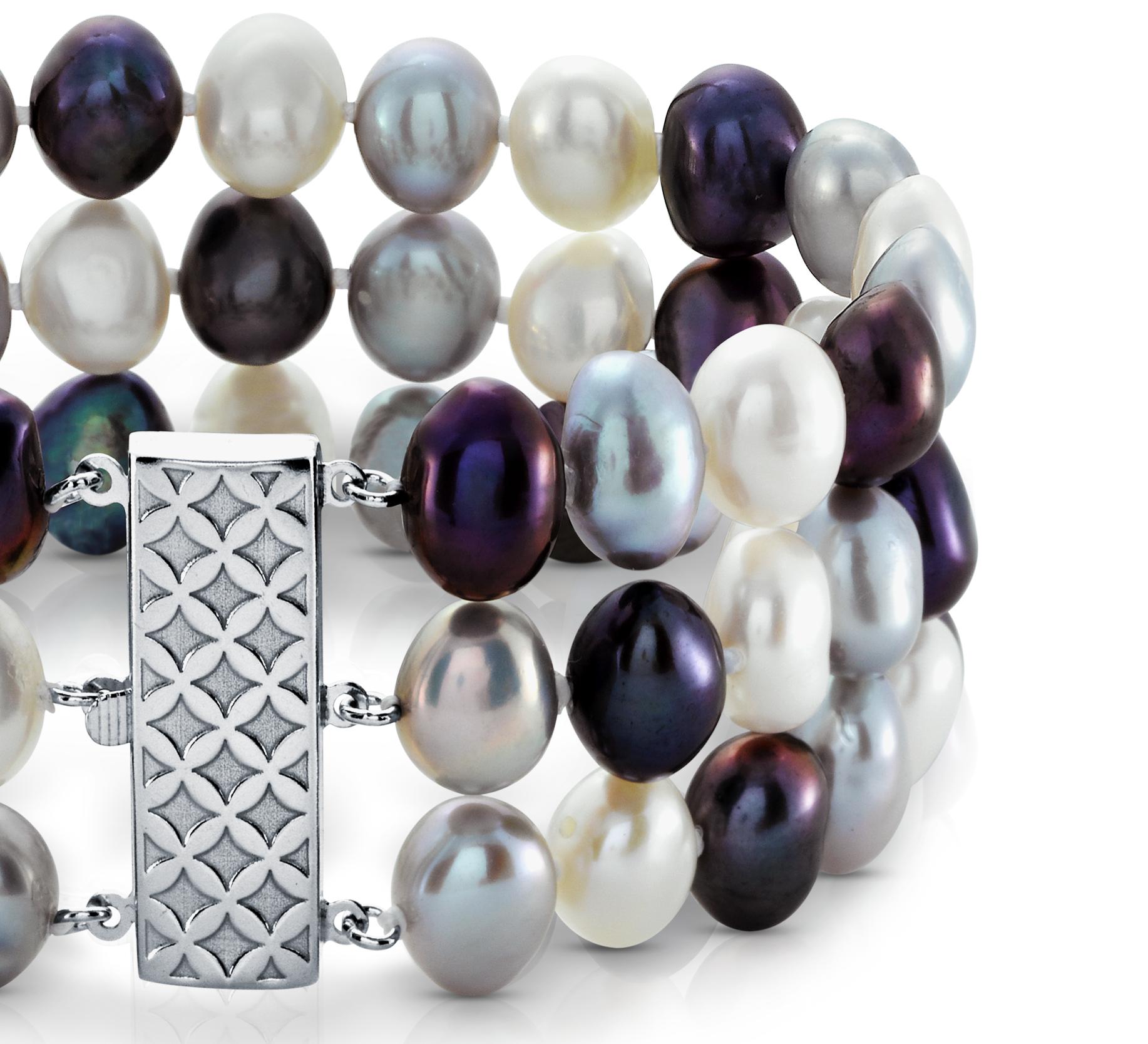 Bracelet de perles de culture d'eau douce triple rang smoking