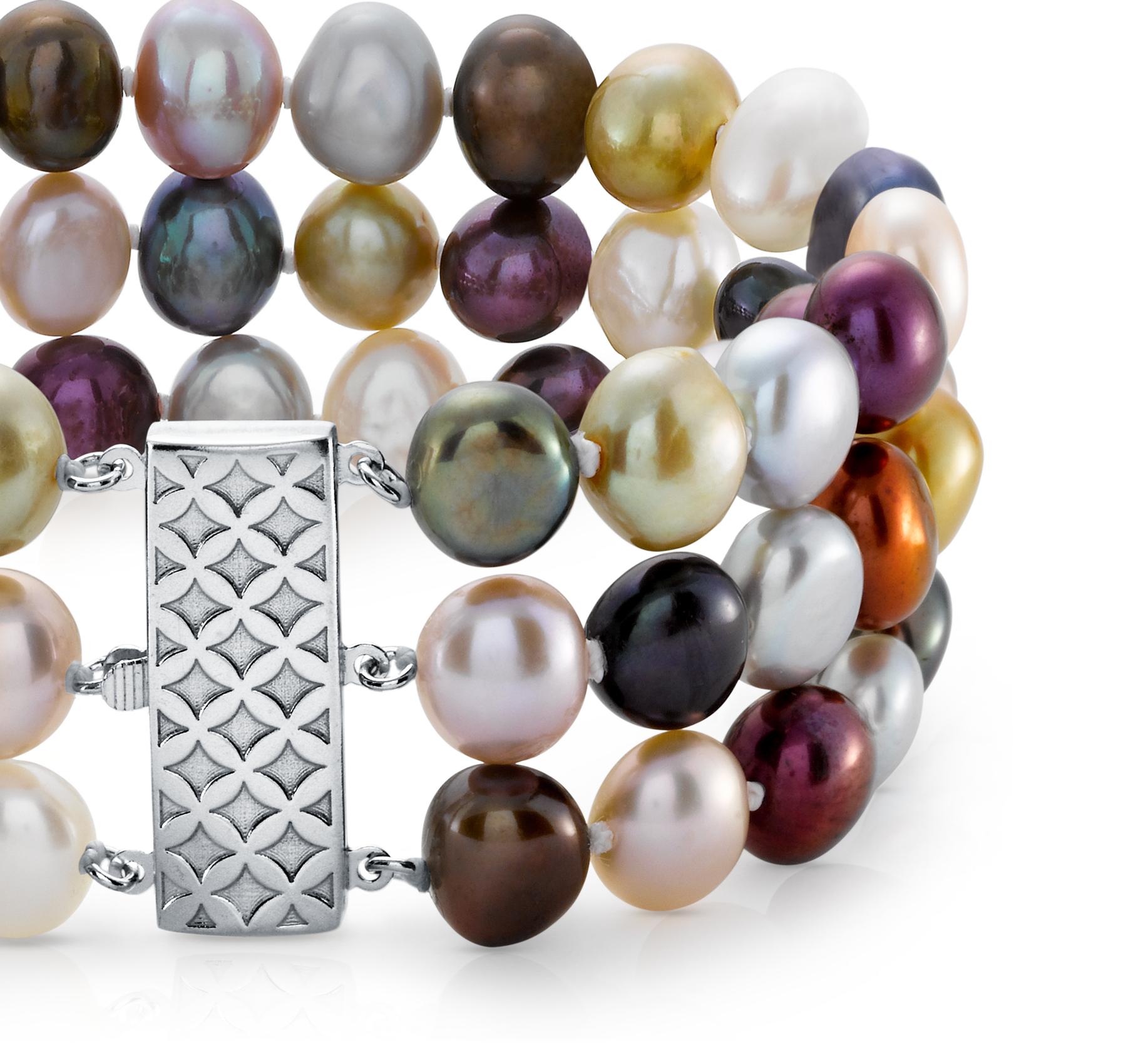 Bracelet de perles de culture d'eau douce triple rang ton rubis
