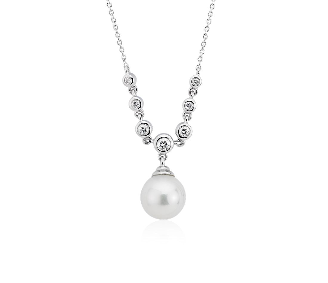 Freshwater Cultured Pearl and Diamond Drop Necklace in 14k White Gold (8-8.5mm)