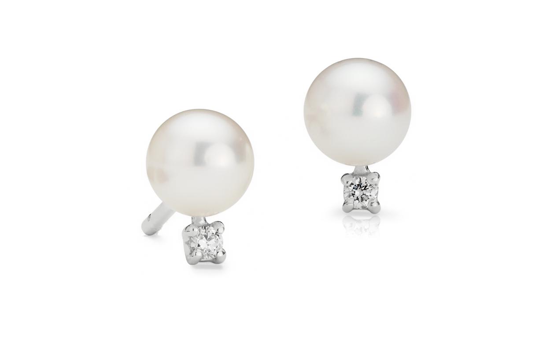 Boucles d'oreilles diamant et perle de culture d'eau douce en or blanc 14carats (5,0-5,5mm)