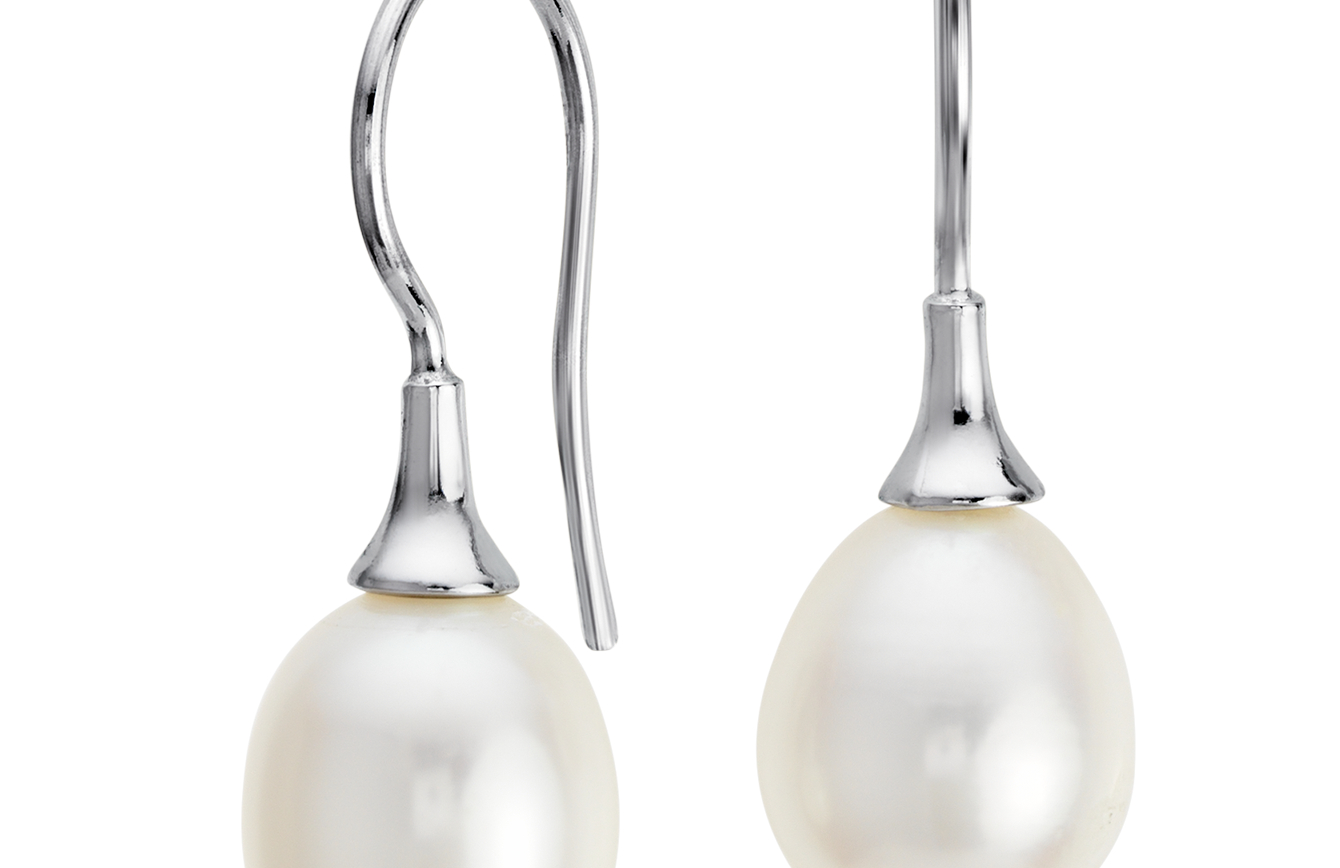 Freshwater Cultured Pearl Drop Earrings in Sterling Silver