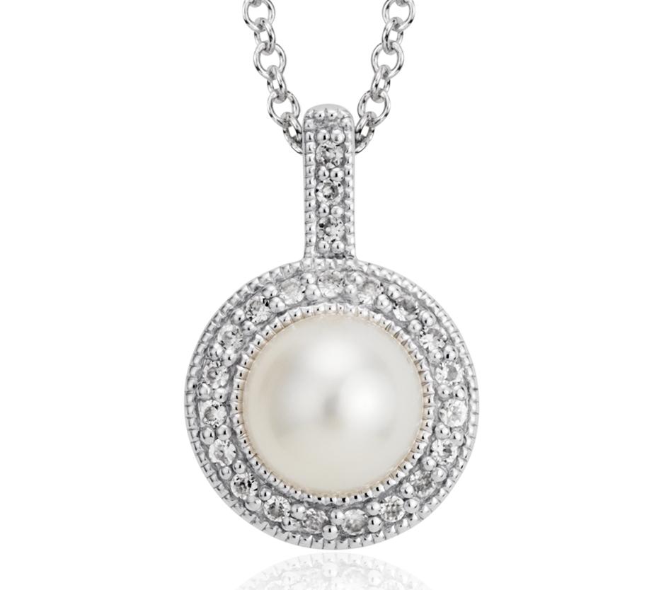 Colgante con halo estilo retro de topacio blanco y perlas cultivadas de agua dulce en plata de ley (6mm)