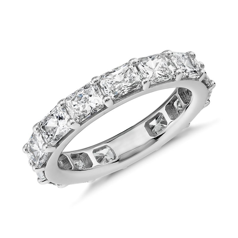 """The Gallery Collectionâ""""¢ East-West Radiant-Cut Diamo"""