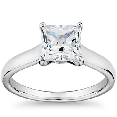 The Gallery Collection™ Flat Solitaire Diamond Engagement Ring in Platinum