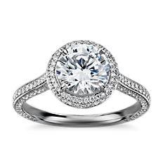 Anillo de compromiso con halo de diamantes The Gallery Collection en platino