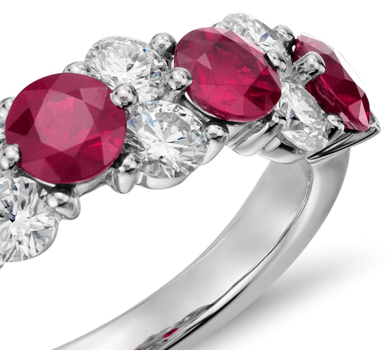 Bague diamant et rubis en platine (plus de 3/4carat, poids total)