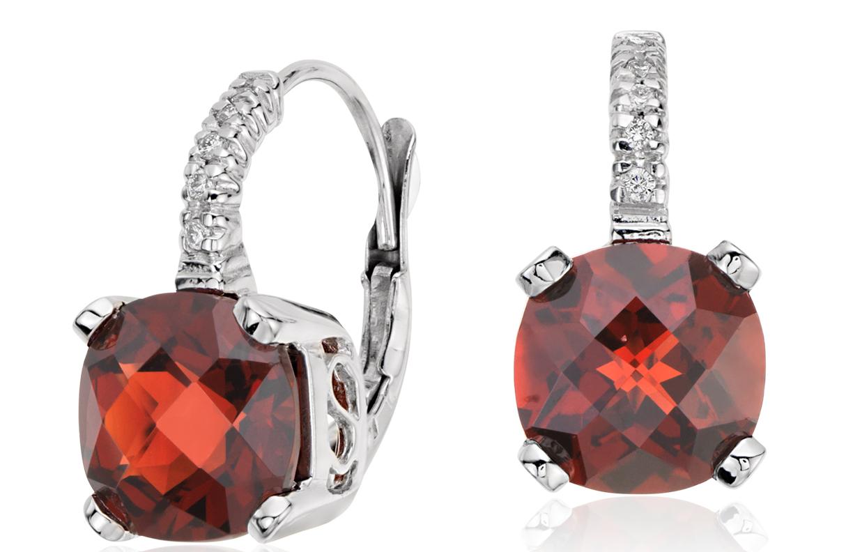 Boucles d'oreilles diamant taille coussin et grenat en or blanc 14carats (8x8mm)