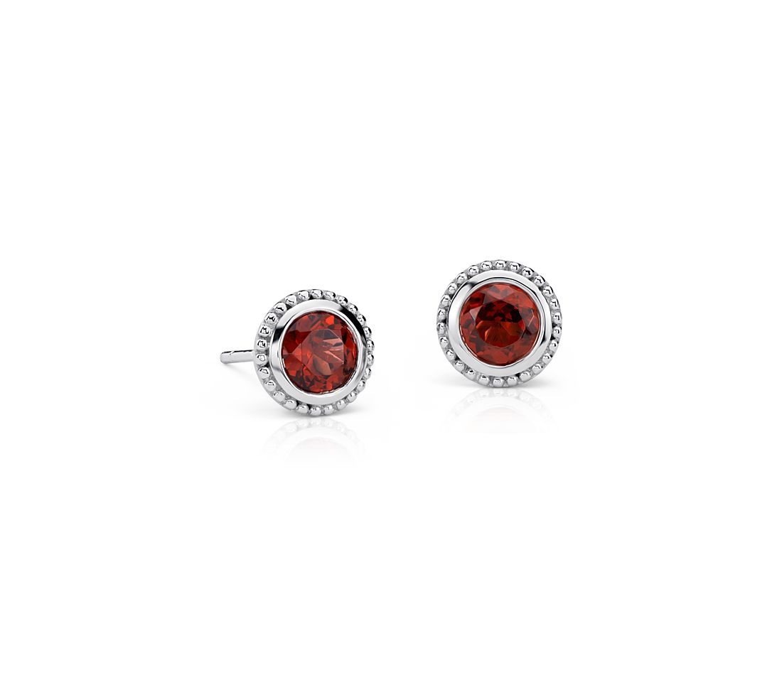 Garnet Milgrain Stud Earrings in Sterling Silver (5mm)