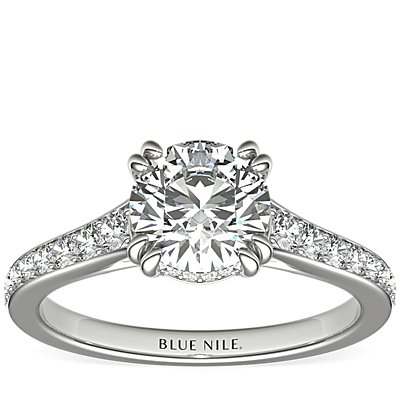 Graduated Double Claw Pavé Diamond Engagement Ring in Platinum (1/4 ct. tw.)