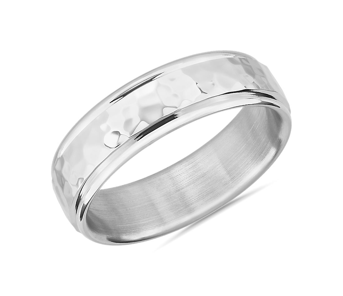 Hammered Inlay Wedding Band in Platinum (6.5mm)