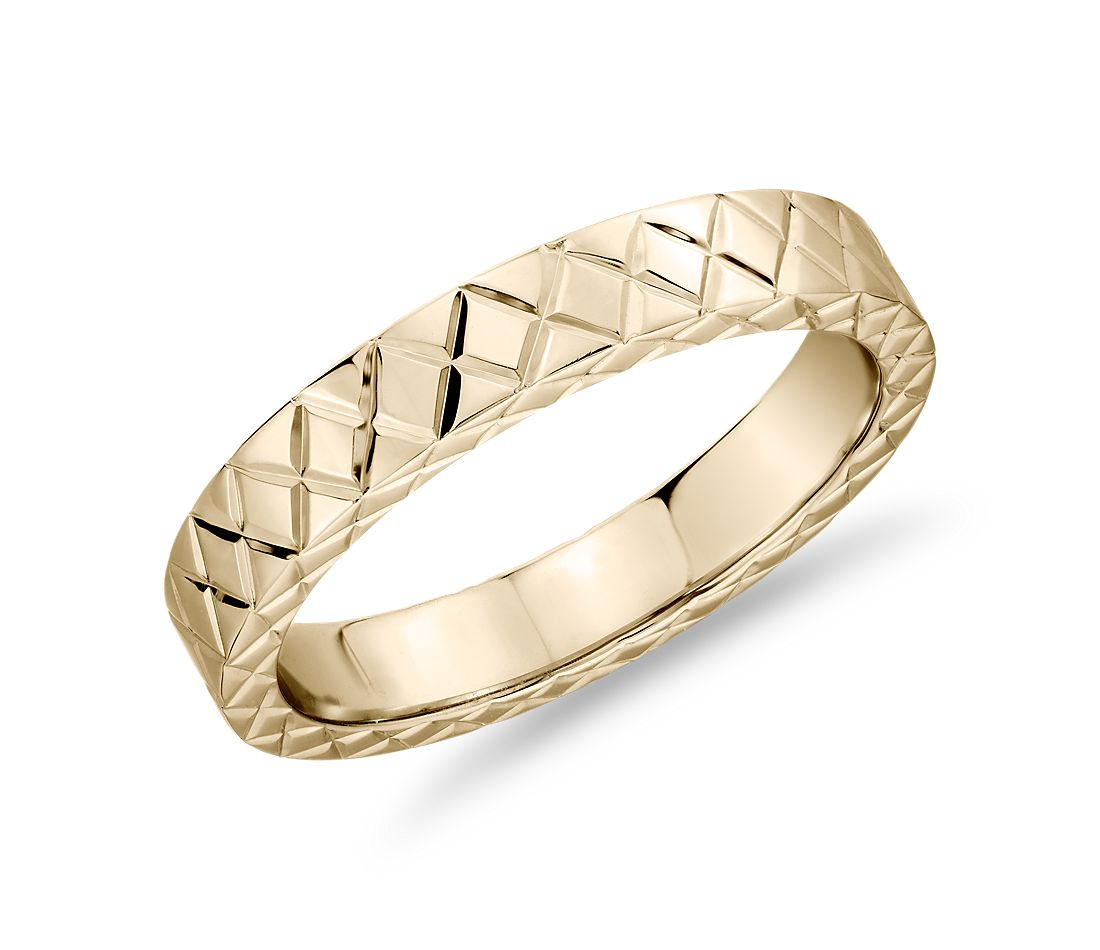 Hand-Engraved Criss-Cross Wedding Ring in 14k Yellow Gold (4mm)