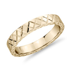 14k 黃金手工刻字十字結婚戒指(4毫米)