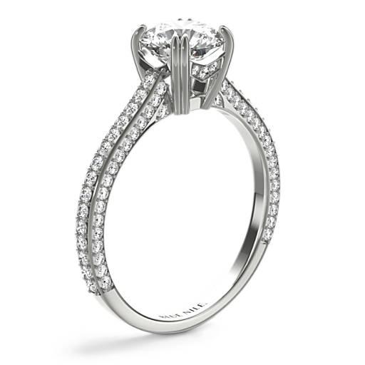 家傳之寶微密釘鑽石訂婚戒指