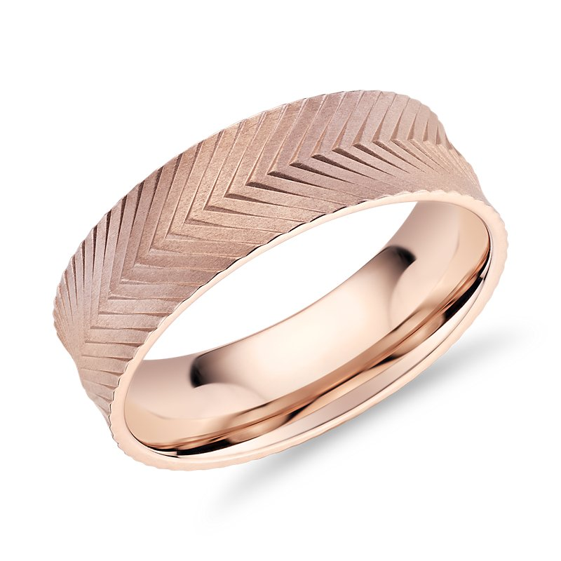 Herringbone Engraved Wedding Band in 14k Rose Gold (7mm)