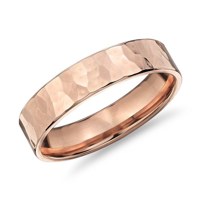High-Polished Hammered Wedding Band in 14k Rose Gold (5 mm)