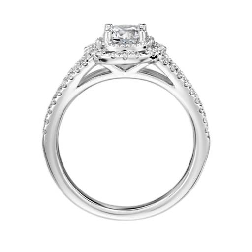 Inverse Scalloped Halo Diamond Engagement Ring