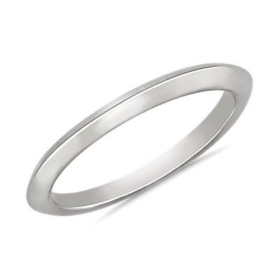 Knife Edge Wedding Ring in 14k White Gold