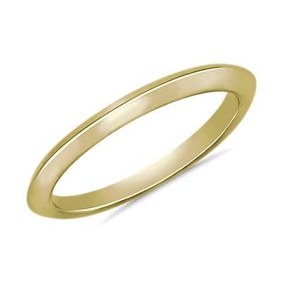 Knife Edge Wedding Ring in 18k Yellow Gold