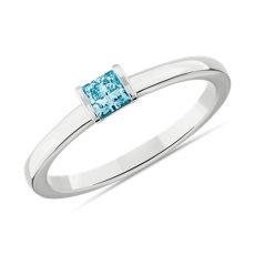 14k 白金LIGHTBOX 實驗室培育藍色公主方形鑽石層疊戒指(1/4 克拉總重量)