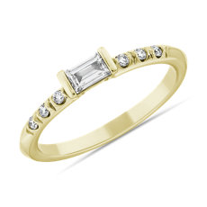 LIGHTBOX Bague superposable baguette de diamant cultivé en laboratoire en or jaune 14 carats (1/3 carat, poids total)