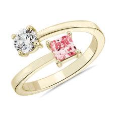 14k 黃金LIGHTBOX 實驗室培育粉紅色公主方形鑽石與圓鑽交錯環繞戒指(1 克拉總重量)