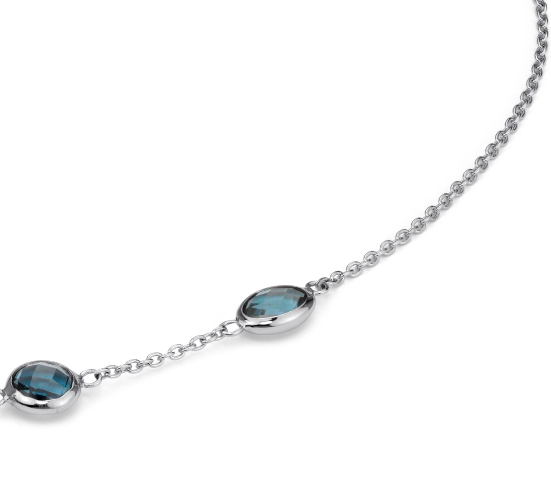 Collar con topacio azul Londres enhebrado en plata de ley (8x6mm)
