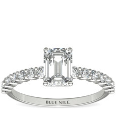 14k 白金小巧 Luna 钻石订婚戒指(1/3 克拉总重量)