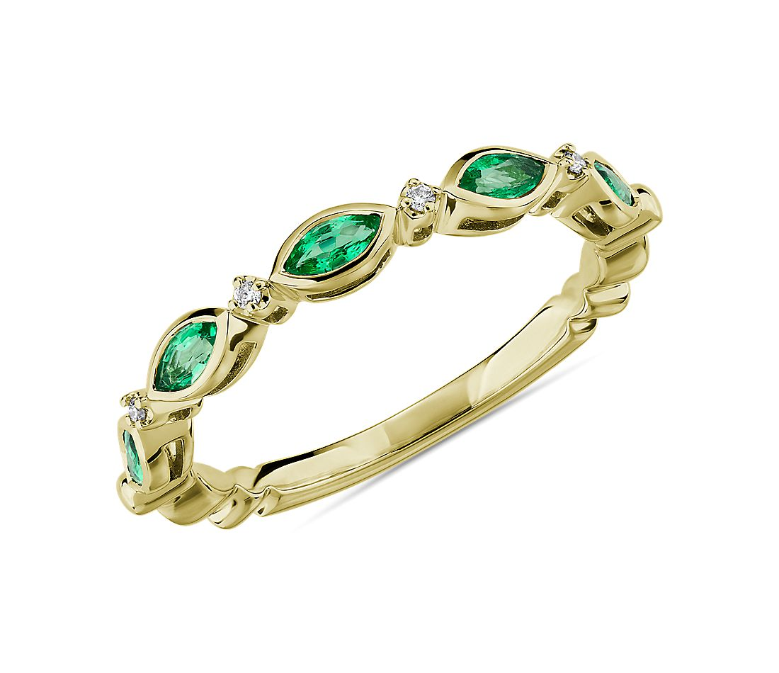 Marquise Emerald and Diamond Ring in 14k Yellow Gold (4x2mm)