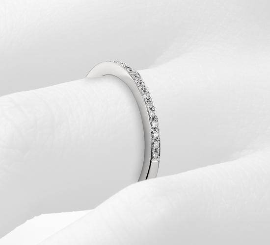 Monique Lhuillier Pavé Diamond Ring in Platinum