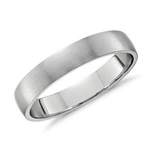 Matte Classic Wedding Ring in Platinum (4mm)