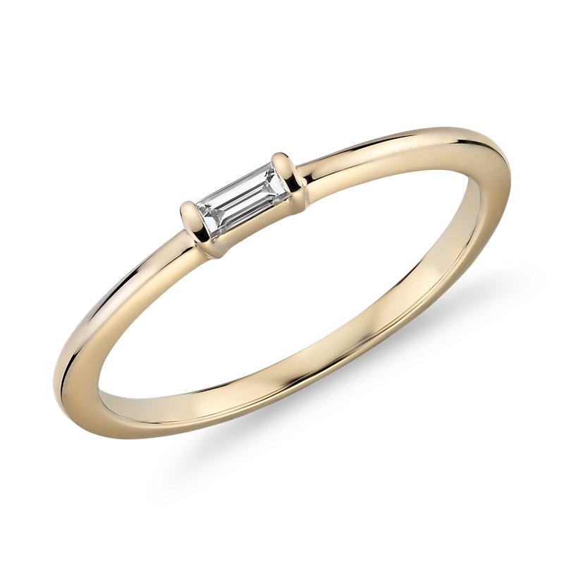 Mini Baguette-Cut Diamond Fashion Ring in 14k Yellow Gold (1/10 c